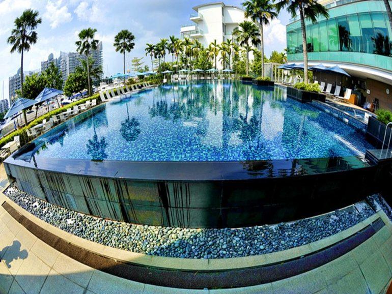 Huilong Hotel Outside Acrylic Swimming Pool